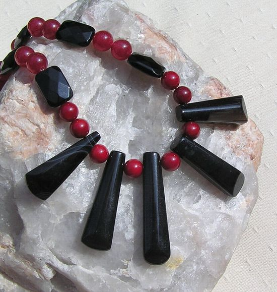 Black Onyx & Natural Red Coral Crystal Gemstone by SunnyCrystals, £23.00