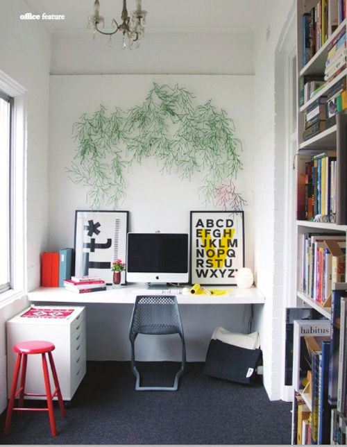 Potential office idea except with some shelves above desk for storage. Could use drawers on sides and wood blocking as support.