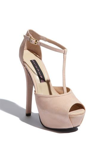 Angels Pump by Steve Madden