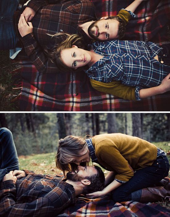 love the picnic engagement photos