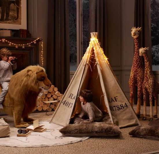 33 Cool Kids Play Rooms With Play Tents - via http://bit.ly/epinner