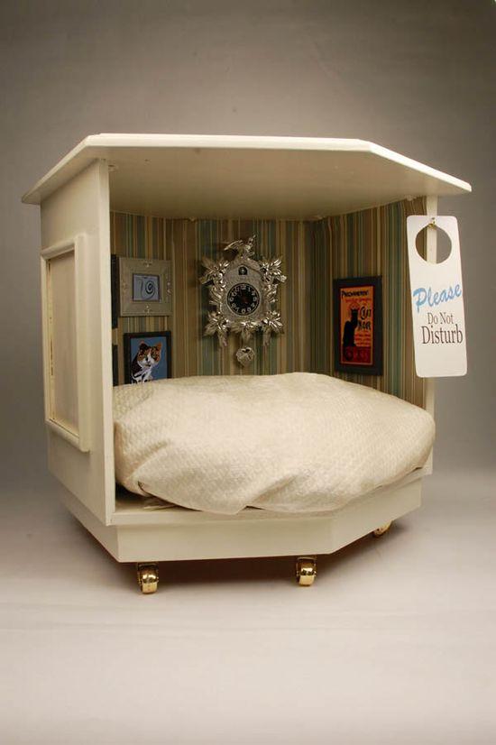 Mancat Mancave: DIY Pet Bed Project