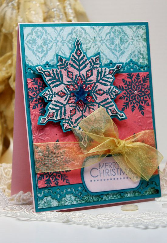 Such a vibrant, cheerfully lovely Christmas card. #cards #handmade #scrapbooking #card_making #Christmas #pink #snowflakes