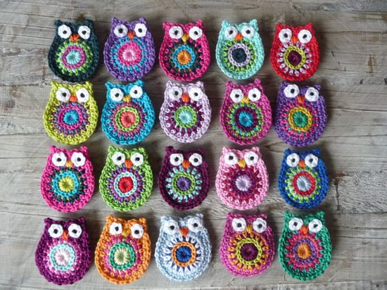 Crocheted owls! imagine these strung in a bunting!