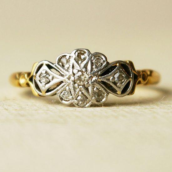 1930's Art Deco ring