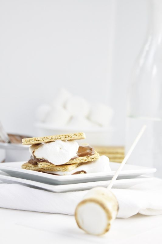 chocOlate cream cheese s'mores