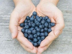 Eat Blueberries To Stay Young - Blueberries do a lot more than just taste delicious. These little super fruits are packed with powerful antioxidants and phytochemicals that can promote good health and keep us looking and feeling young.