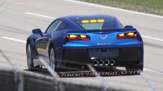 Spy Shots of the Chevrolet C7 Corvette Pace Car - Pictures of the new Chevrolet C7 Corvette Pace Car - Road & Track