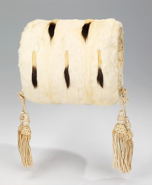 White fur evening muff with ermine tails and silk tassels, American, ca. 1875-1900.