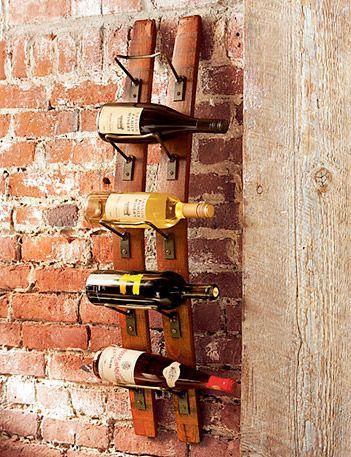 Стойка за вино от бъчва за вино