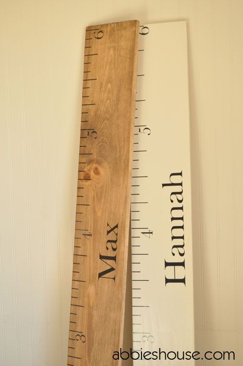 DIY Wooden Ruler Growth Chart by AbbiesHouse: Here is the link for the tutorial using purchased decals. www.abbieshouse.com/ #DIY #Ruler #Growth_Chart