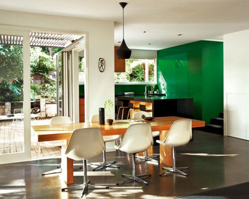 emerald accent wall