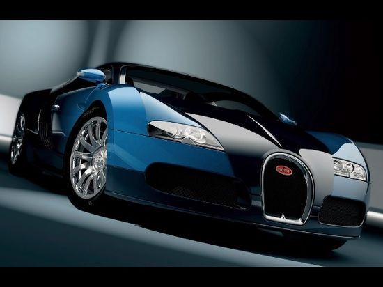 Blue Bugatti Veyron via carhoots.com