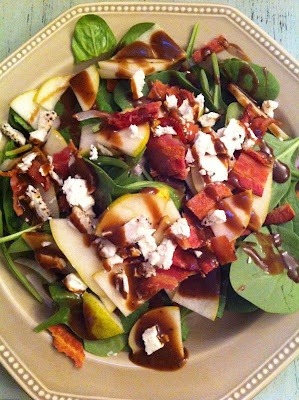 Spinach, Pear, Gorgonzola, and Bacon Salad
