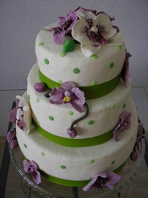 orchid cake by bubolinkata, via Flickr