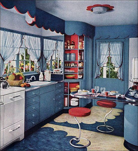 The scallop trim and vibrant colour palette in this1948 kitchen are so cheerfully charming. #1940s #forties #kitchen #home #decor #vintage