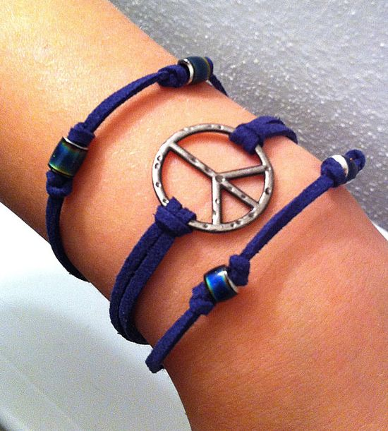 Peace sign and mood beads on navy blue leather by BeadingByJenn, $12.00  #peaces