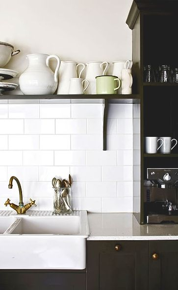 o i so wish i was doing my subway tile this winter...fingers crossed... Porceleinen dubbele spoelbak