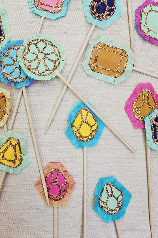 DIY Sparkly Cake Toppers  ? #TartCollections
