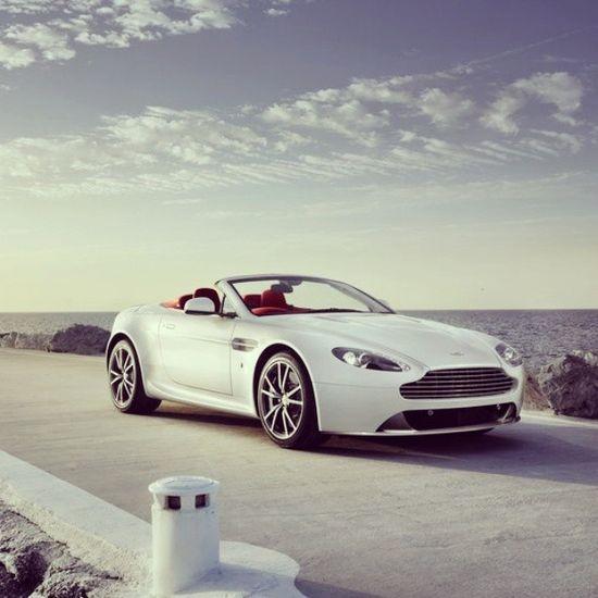 10 Beautiful and Fast Sport Cars Aston Martin
