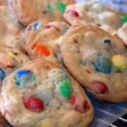 These M & M cookies may just be my all-time favorite cookie. When they're in the cookie jar I cannot stop eating them, LOL and we love that they can be customized to become say a Christmas cookie by using Christmas colored M  candies, or an Easter cookie by using pastel colored M & M candies or even a Valentine's Day cookie by using red and pink M & M candies.