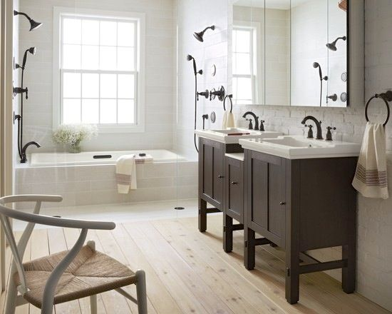 Neutral #bathroom #design with a #natural vibe. Love it!