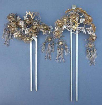 kanzashi hair ornaments -