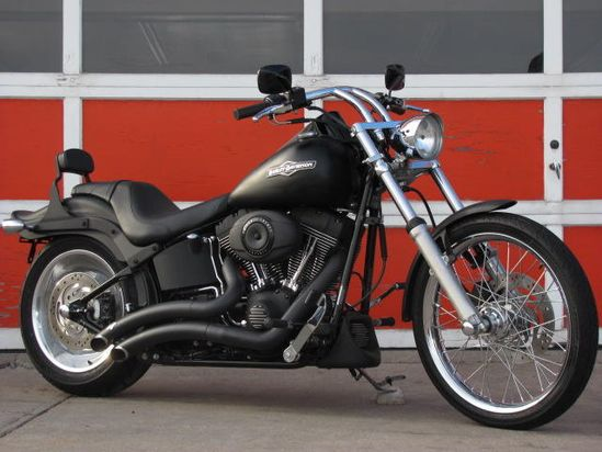 Harley Night Train, Blacked Out