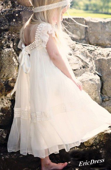 Lovely dress for flower girl,want more flower girls dress,come there.