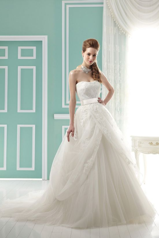 Jasmine Bridal Collection Fall 2012. Style # F141063 ...adorable!