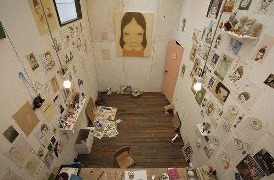 Yoshitomo Nara, artist. | 40 Inspiring Workspaces Of The Famously Creative