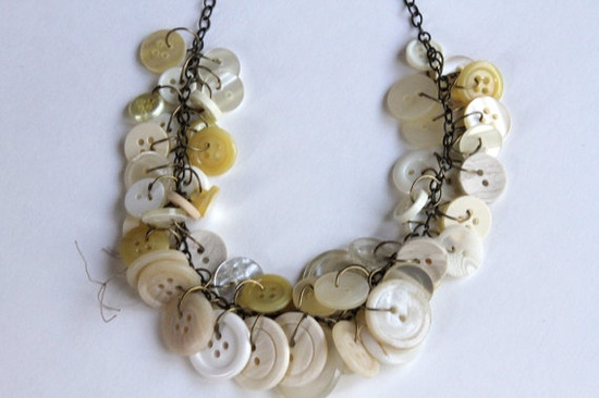 White Vintage Button Necklace $30.00 @Impactjewelry #promofrenzyteam #august #september #vintage #necklace #jewelry