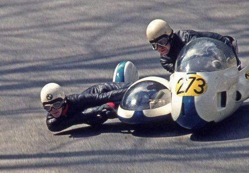 BMW sidecar racers