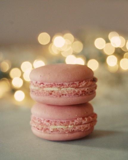 Sparkling macarons