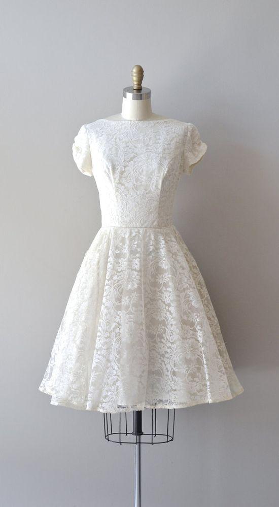 lace 50s wedding dress / 1950s wedding dress / Sempiternal lace wedding dress
