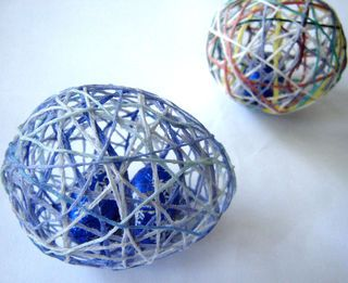 Neat Easter idea, never thought of putting candy INSIDE these! If you don't