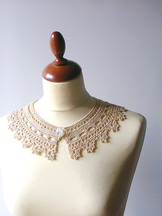 Pretty, would look great with a light summer dress.    Lace Collar Beige Necklace      www.etsy.com/...