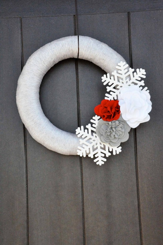 Silver Red and White Yarn Wreath with by SimplyChicDesignz on Etsy, $45.00