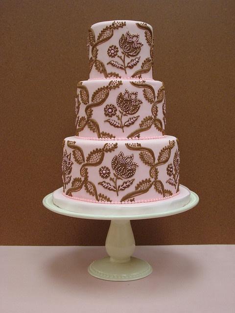 beautiful wedding cake    #WeddingCakes #Weddings