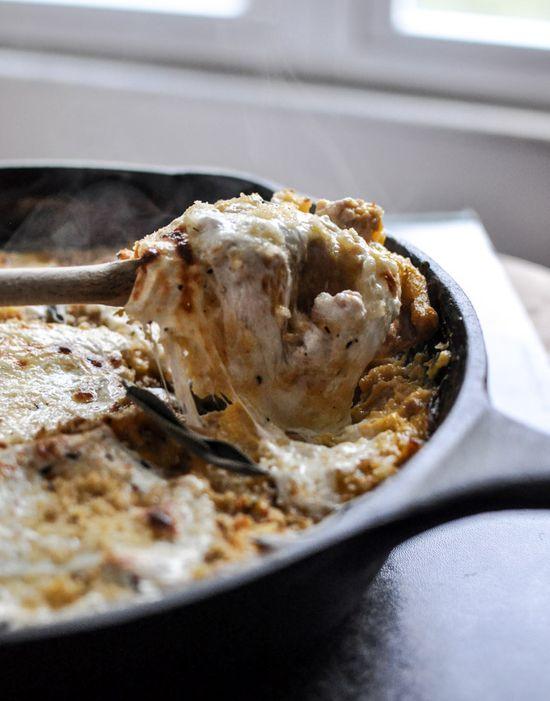 Butternut Squash Skillet Lasagna; via howsweeteats #recipe #poultry #pasta