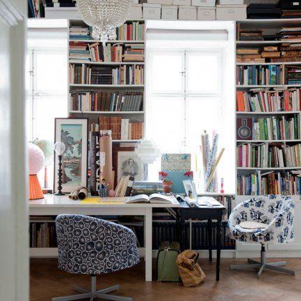 Un bureau, source d'inspiration / love this for office and studio space!
