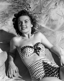 What a darling 1950s two-piece! #vintage #fashion #1950s #beach #swimsuit