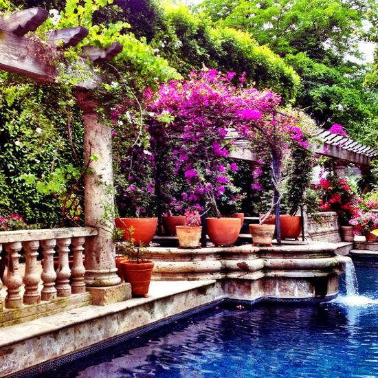 Love the pool for a Mediterranean home.
