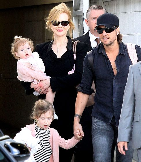 Keith Urban is the proud papa to Sunday and Faith with wife Nicole Kidman...love this couple!