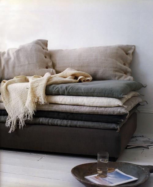 Banquette et sur-matelas en lin - moelleux et naturel #sofa