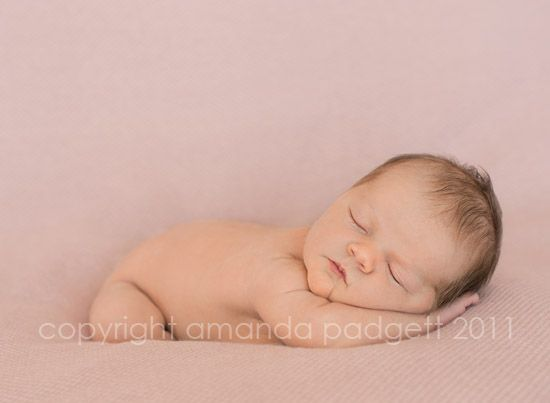 How to blend backgrounds on Newborn pics in Photoshop.