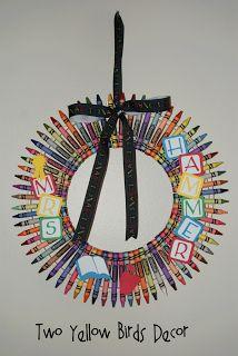Crayon Wreath Tutorial #Teacher Gift