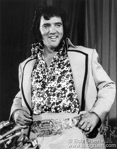 Elvis Presley (Hilton hotel, NYC, 1972)