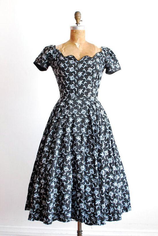 vintage 1940s dress.