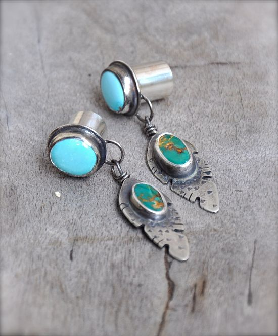 00 gauges | 00 Gauge Turquoise Feather Silver Plugs with Manassa and Sleeping ..